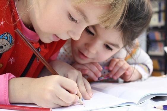 Kinder einer Schule in Zwickau
